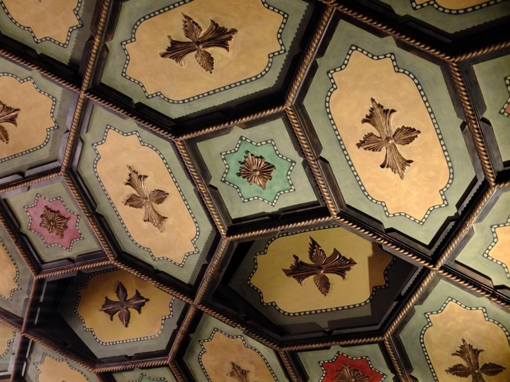 Lobero ceiling