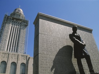 """Lincoln"" by Daniel Chester French in front of the Nebraska State Capitol, with Gettysburg Address behind him. Photo by Michael Snell"